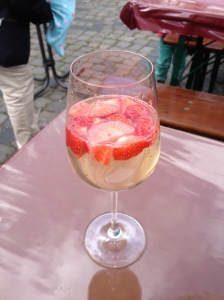 Yummy, refreshing spring drink discovered at the Ebenkoben WIne Fest in June!
