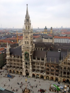 The Neues Rathaus (New Town Hall), fully rebuilt after WWII...so incredibly beautiful.