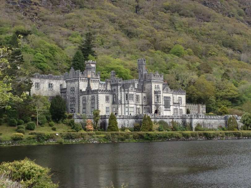 This is exactly how the Kylemore Abbey looks in real life. It's almost like a cardboard movie set!