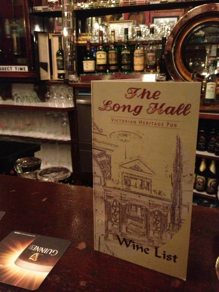 After dinner drinks at the Long Hall - one of the recommended pubs slightly off the beaten path!