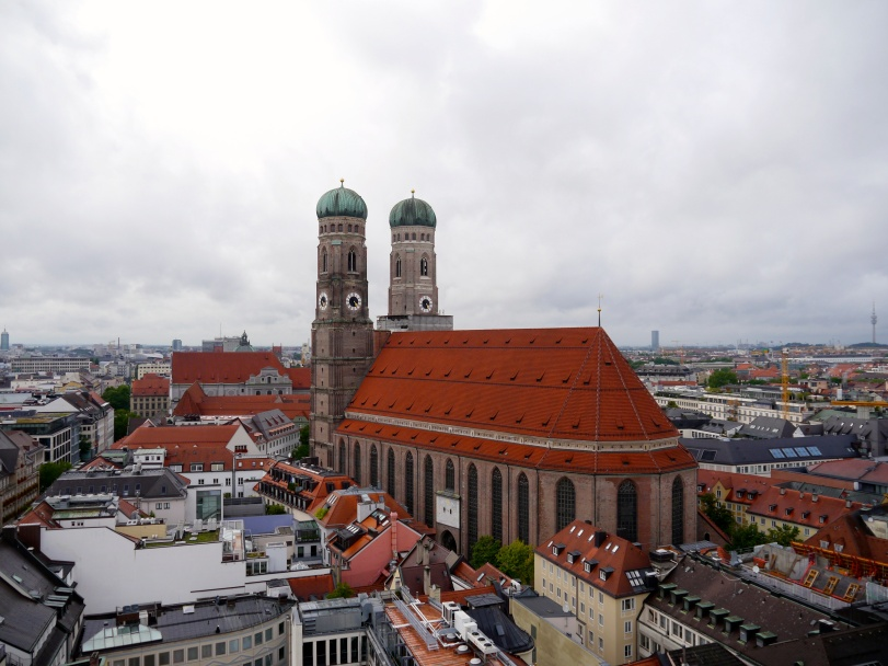 The view of the Frauenkirche from the Neues Rathaus