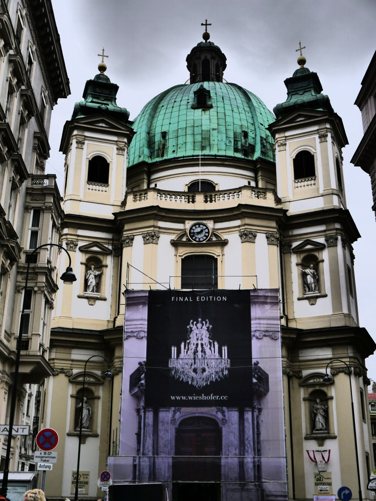 Love this pretty church - right off the popular Graben Street shopping area!