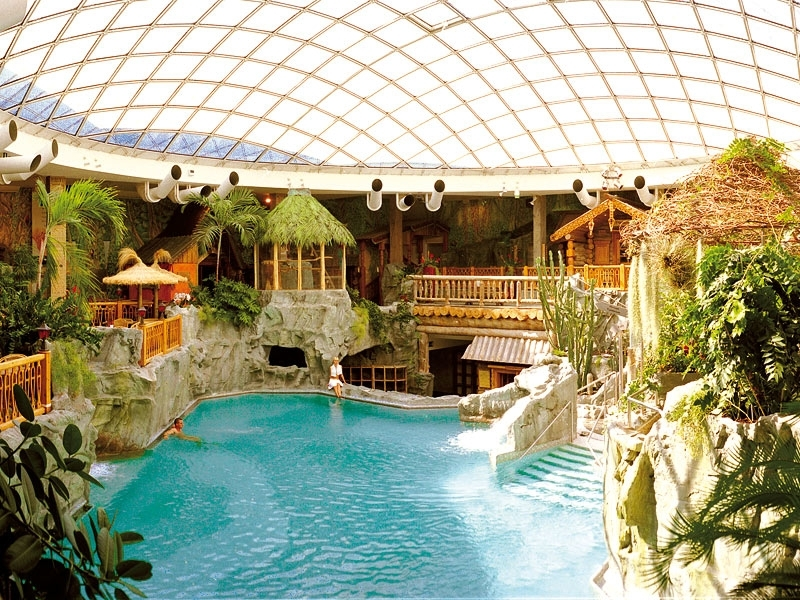 "The indoor ""cold"" pool at the SchwabenQuellen"