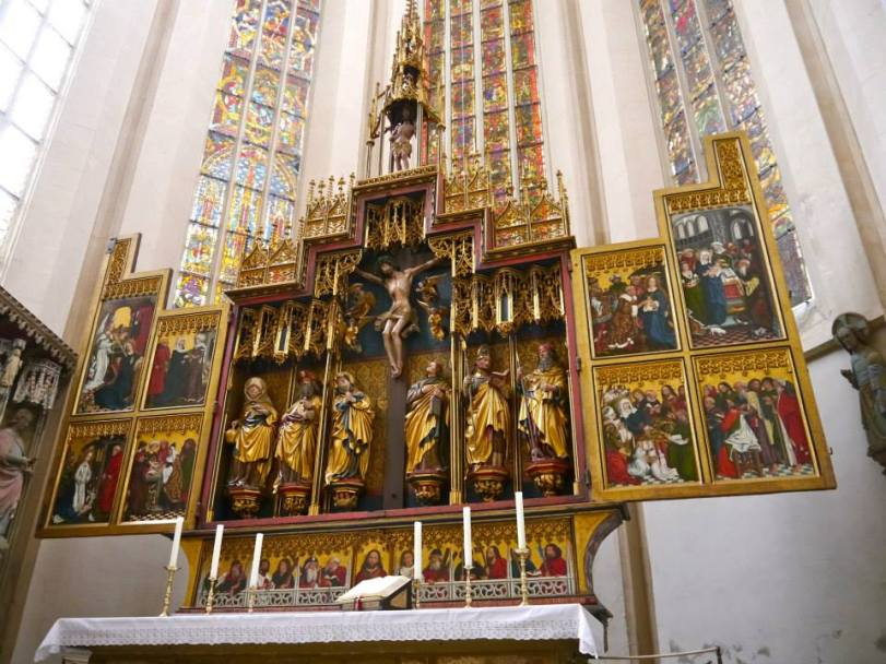 Don't miss a visit into St. Jakob, a very pretty church in the middle of the town