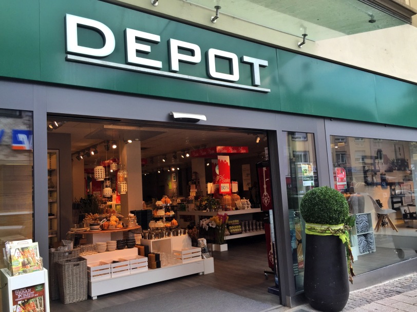 Ahhh...the Depot (Deh-po, not Dee-po). Another store I love that is way to close to our house!