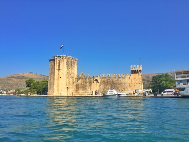 A great view of the fortress on our way out of Trogir.
